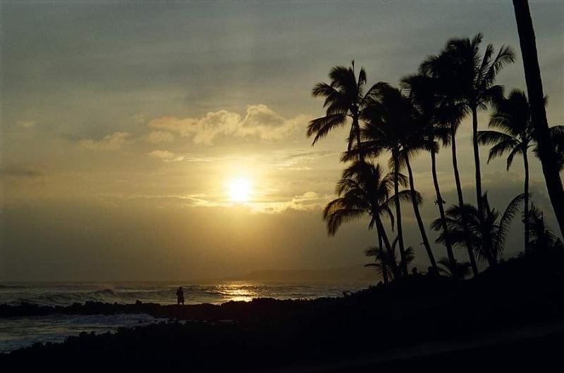 Sunset_PoipuBeachKauai